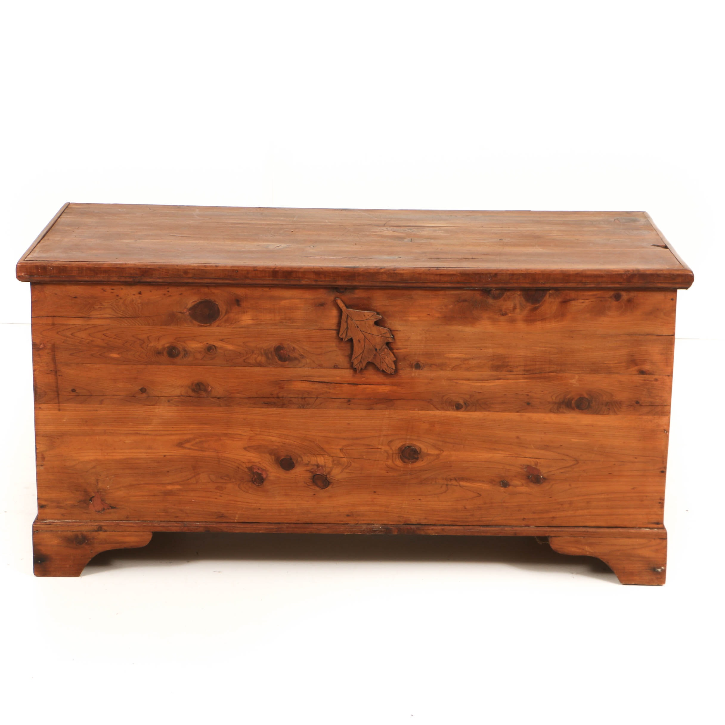 Vintage Lift-Top Cedar Chest