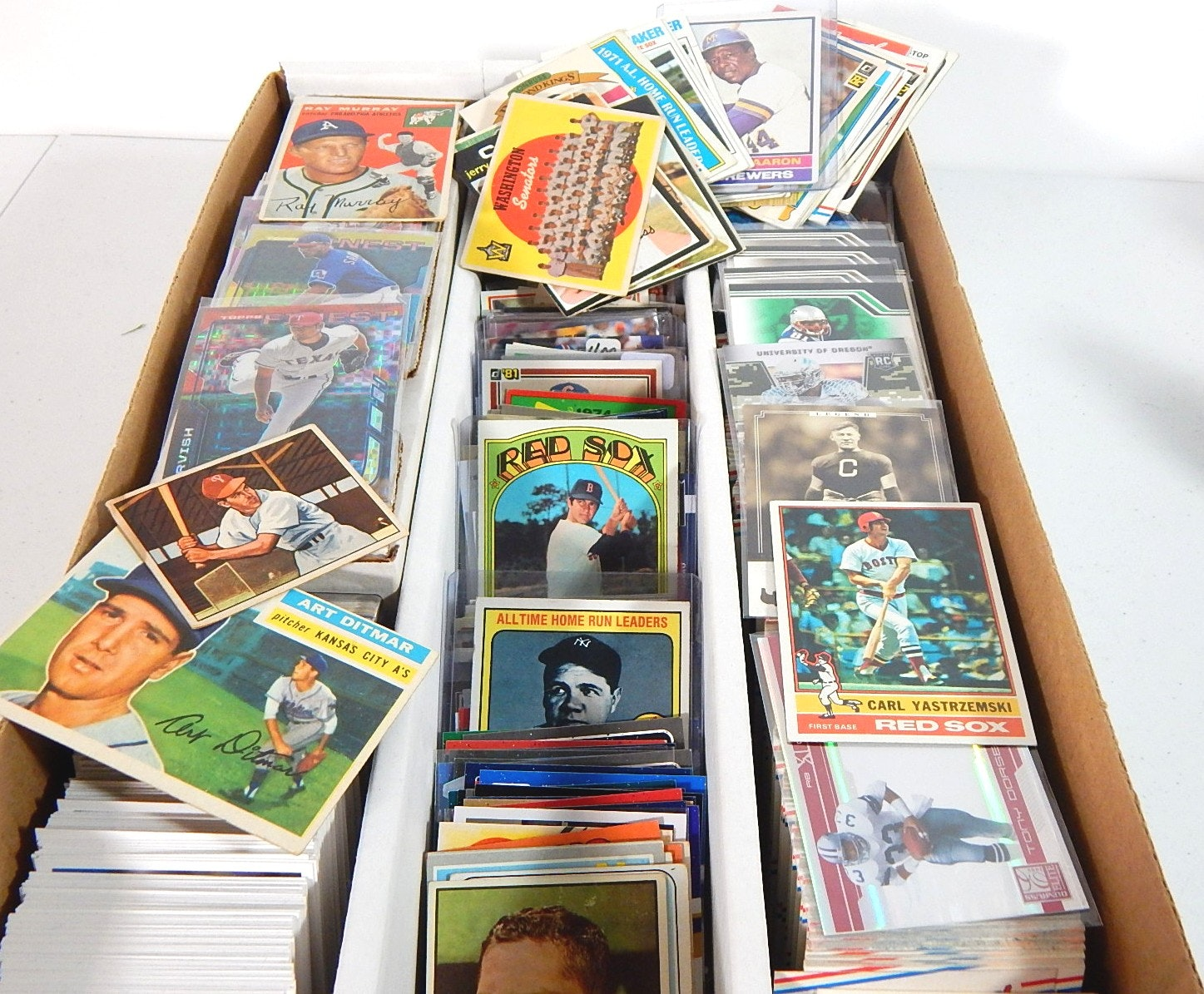 Large 3200 Count Box of Mostly Vintage Baseball Cards from 1950s and 1960s