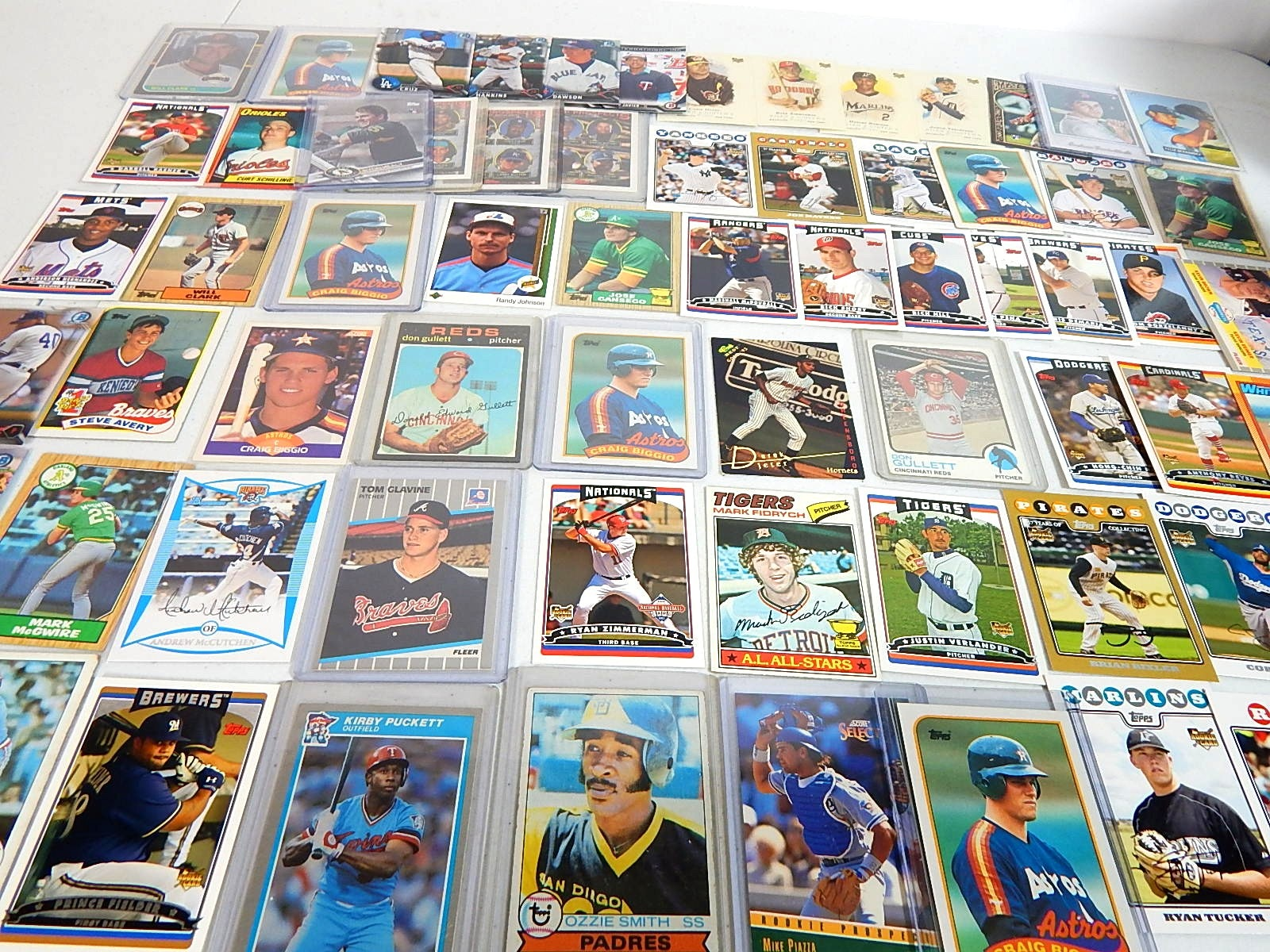 Baseball Star and HOF Rookie Card Collection