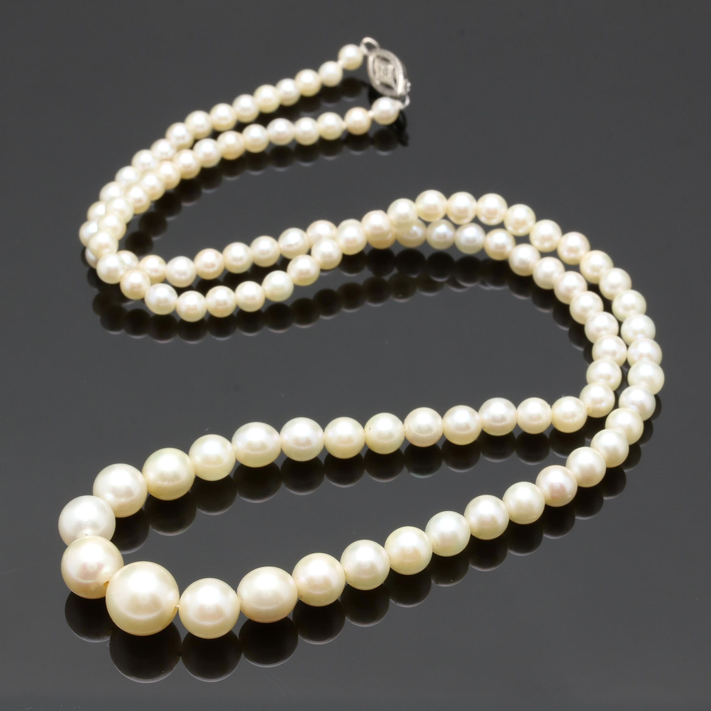 14K White Gold Cultured Pearl Graduated Strand Necklace