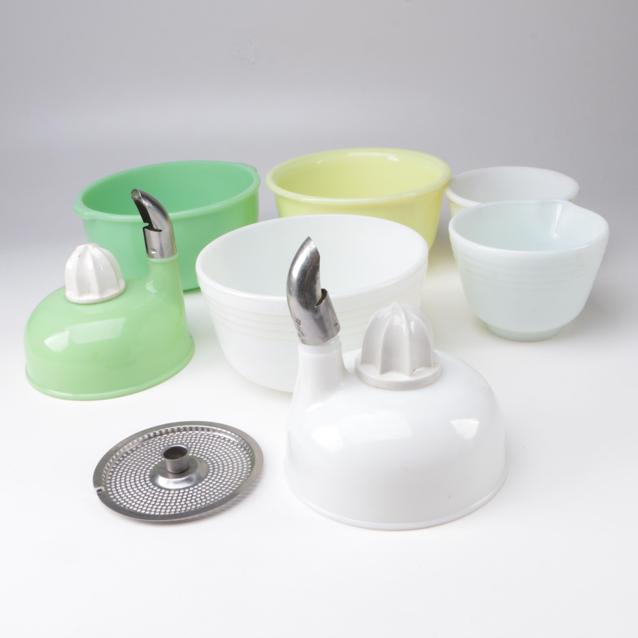 Vintage Mixing Bowls with Juicing Attachments Featuring Pyrex