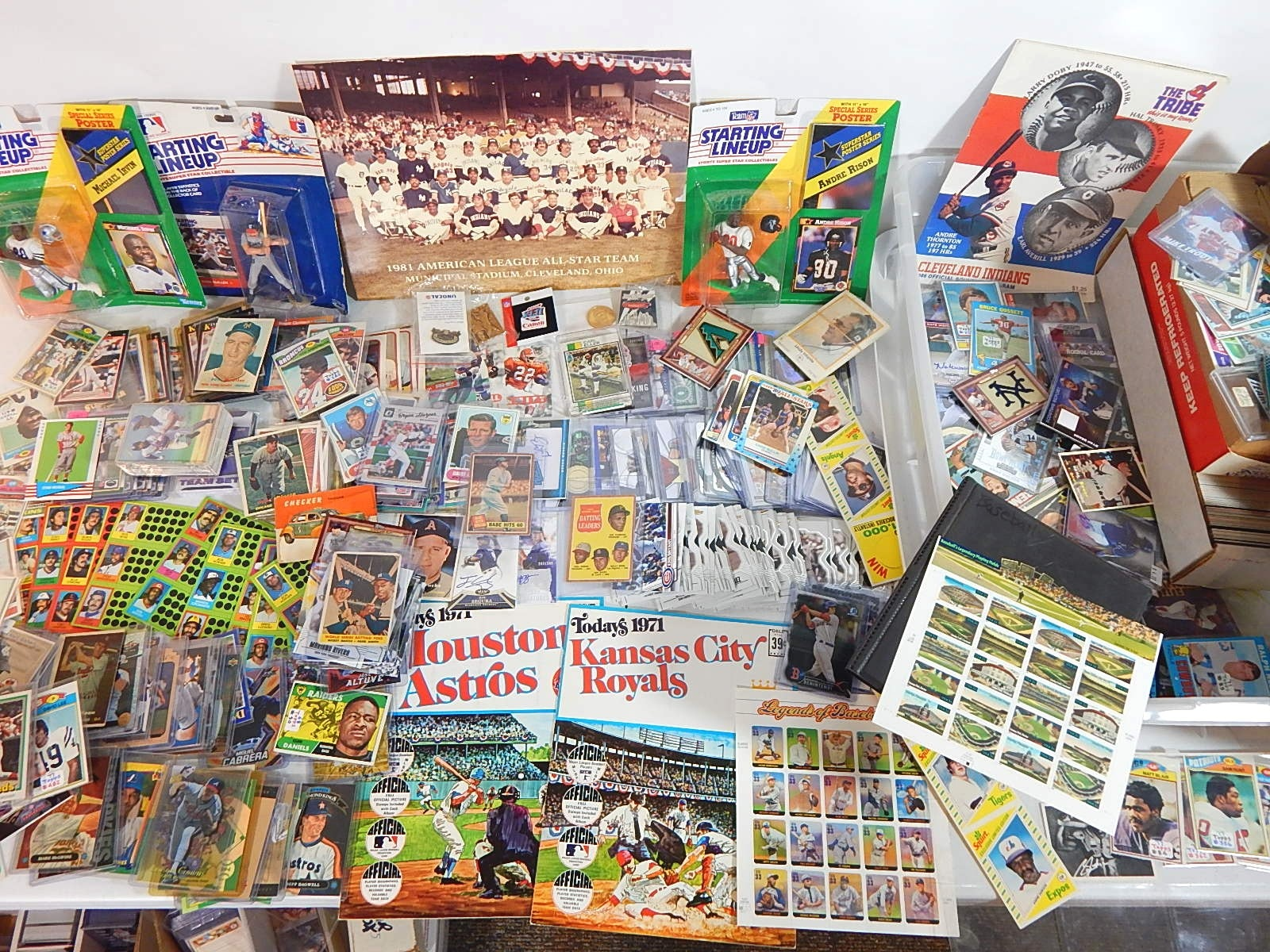 Table Full of Sports Cards, Sports Memorabilia and Collectibles -Over 2000 Cards