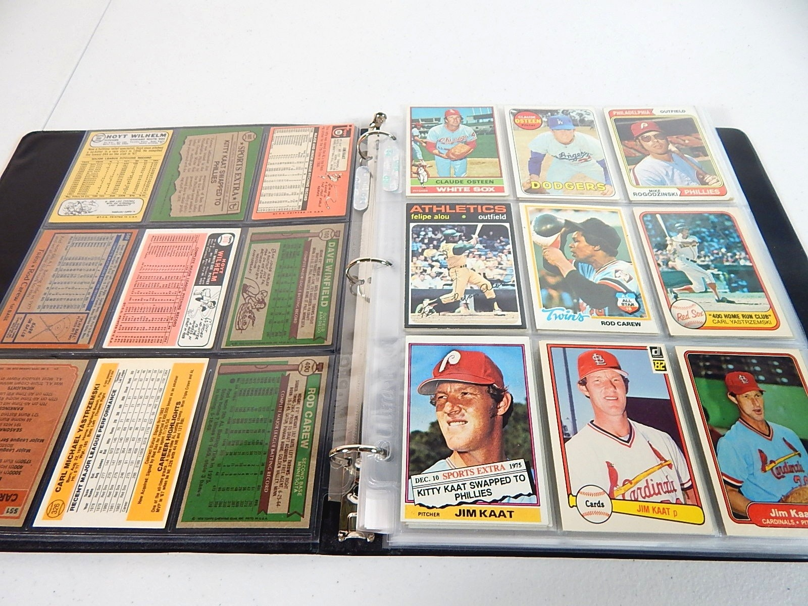 Album with Over 200 Baseball Cards from 1960s to 2000s
