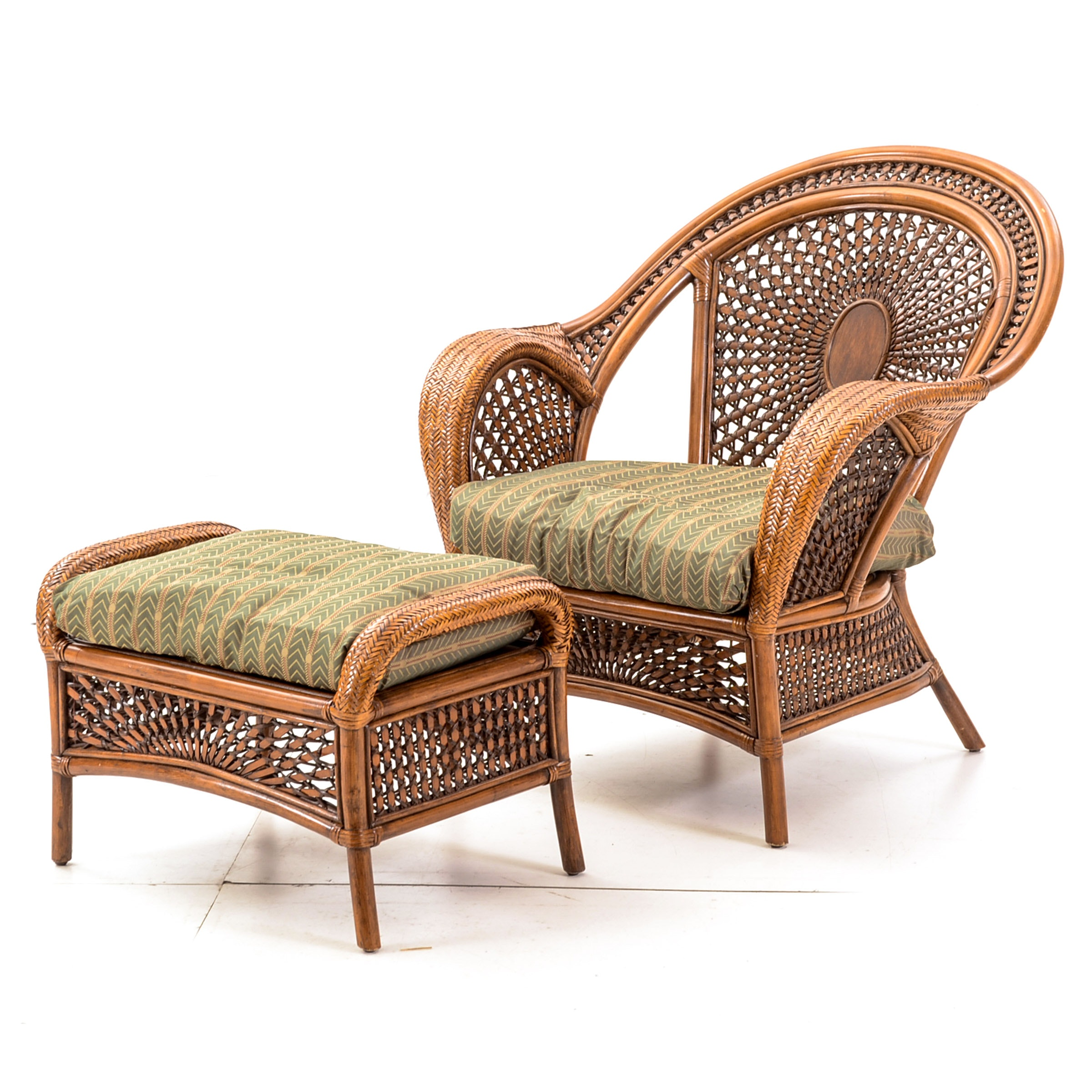 Pier One Wicker Chair With Ottoman ...
