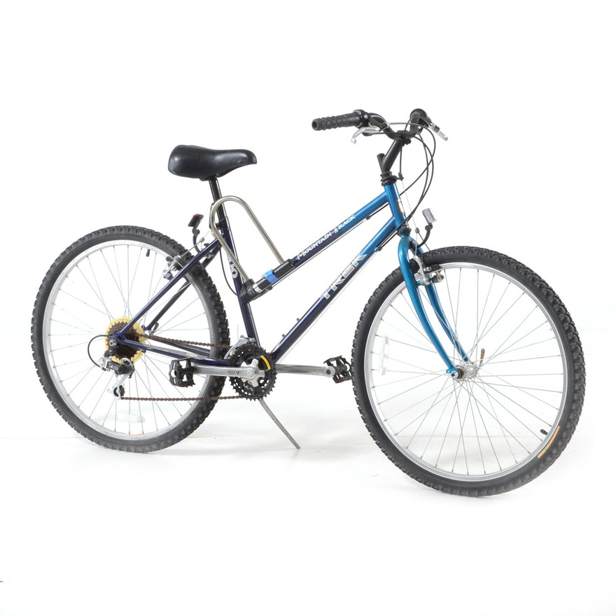 0e156e99b14 Mountain Track Trek 800 Sport Bicycle : EBTH