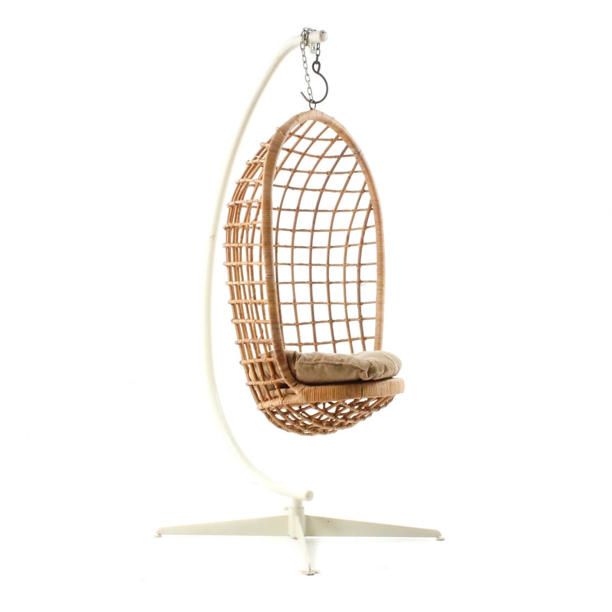 Mid Century Modern Hanging Chair