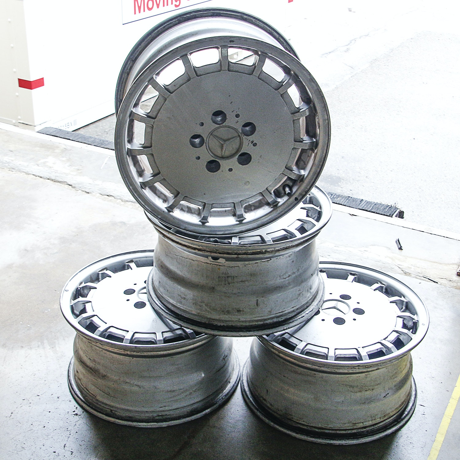 Mercedes-Benz Five-Lug Fifteen-Hole Alloy Rims