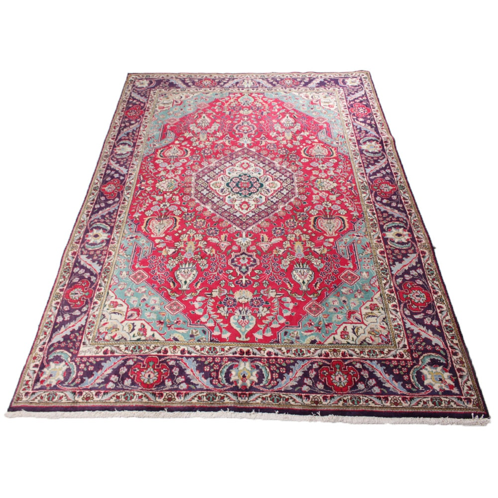 6'7 W x 9'8 Fine Hand-Knotted Signed Persian Tabriz Rug