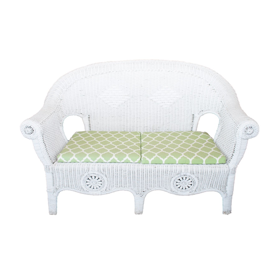 Surprising Outdoor White Wicker Loveseat Ocoug Best Dining Table And Chair Ideas Images Ocougorg