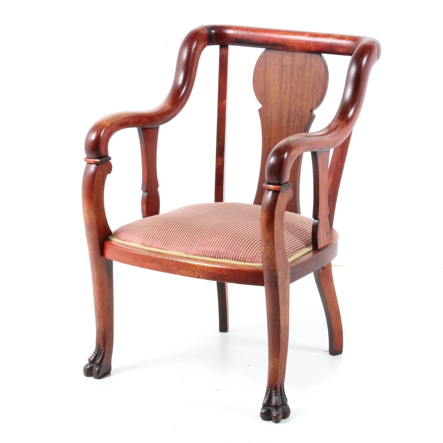Vintage Queen Anne-Style Wooden Armchair