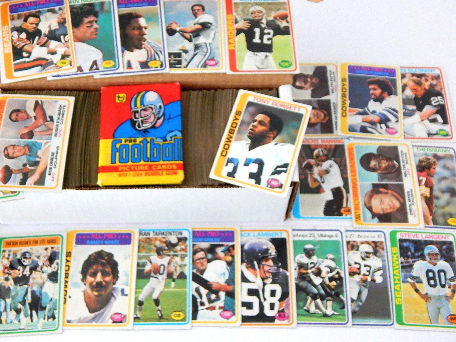 1978 Topps Football Set with Dorsett Rookie, Payton, Tarkenton, More