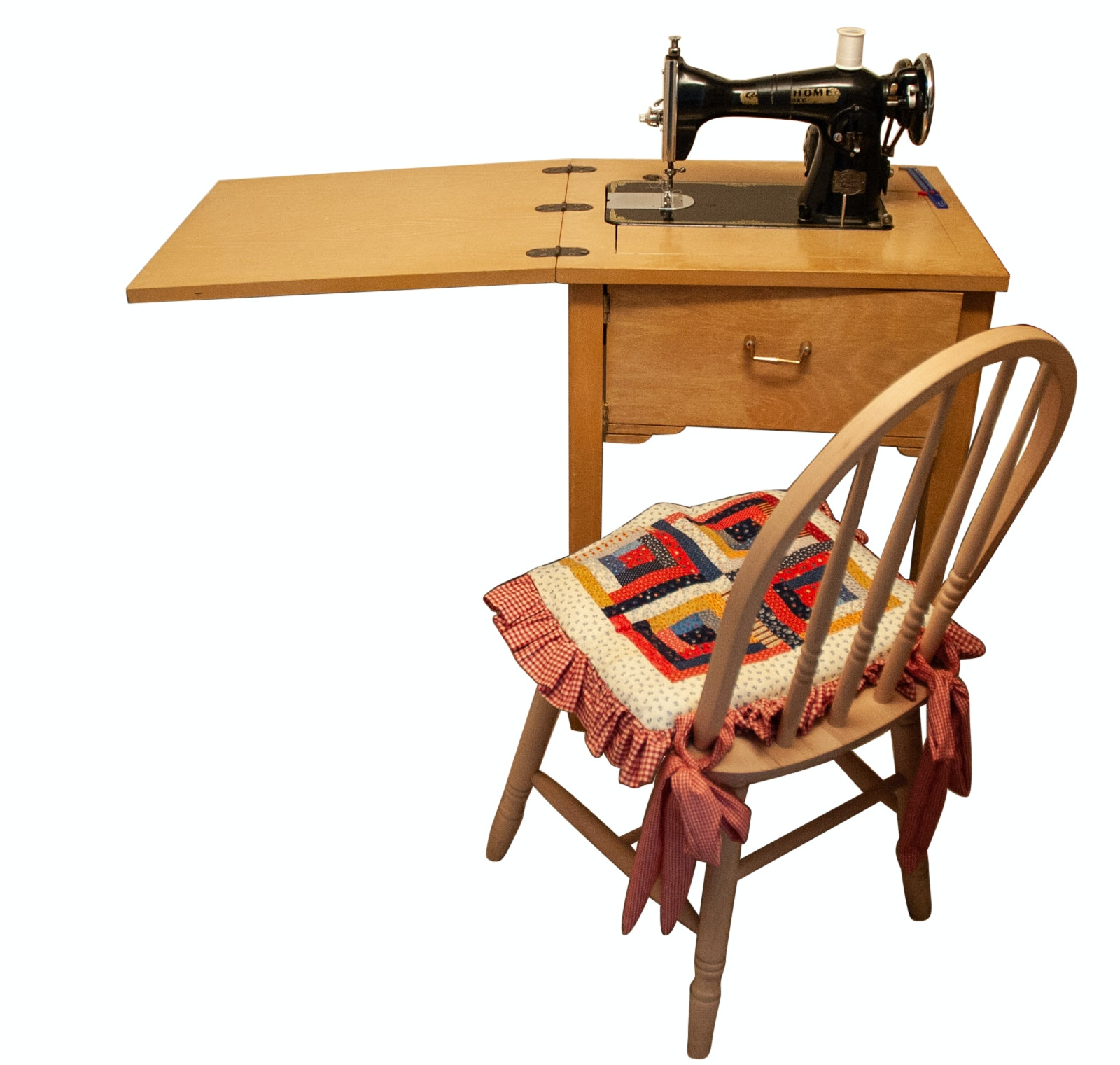 """American Home """"De Luxe"""" Sewing Machine Table"""
