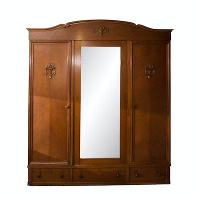 Antique German Knock-Down Wardrobe - Online Furniture Auctions Vintage Furniture Auction Antique