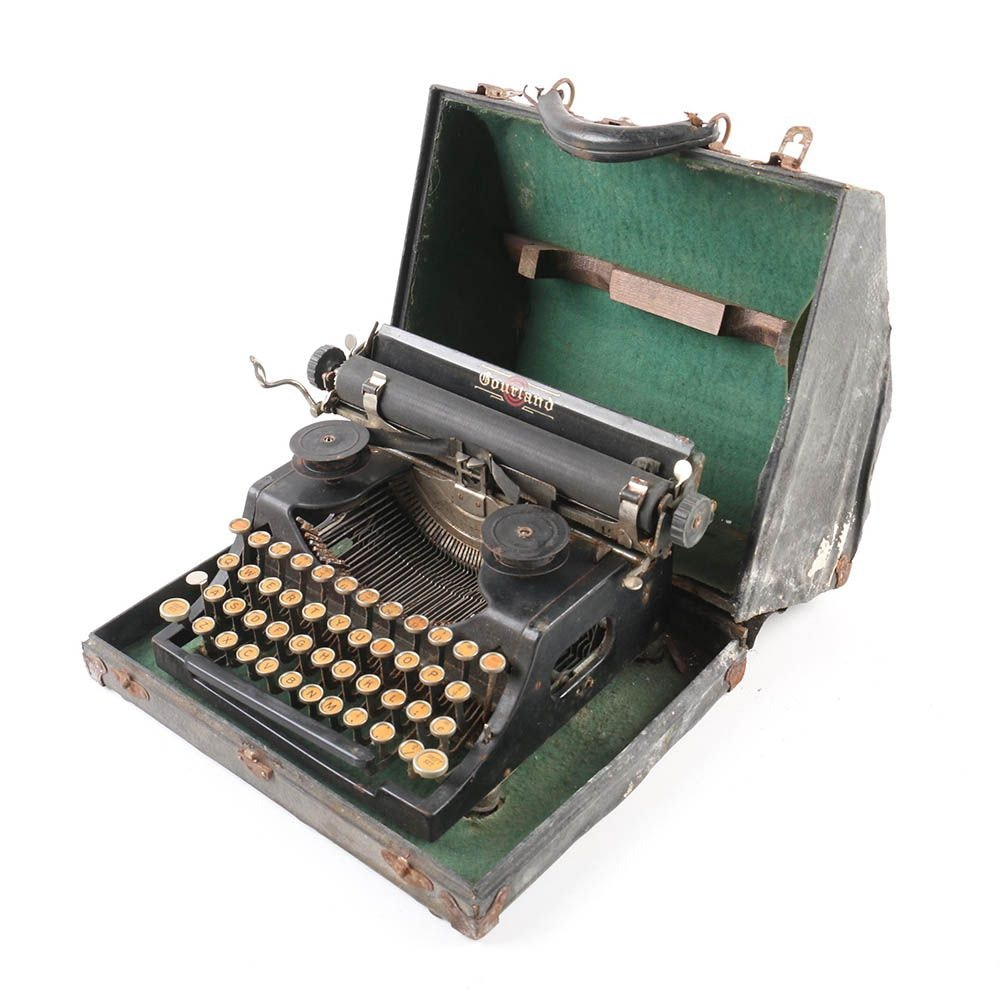 Vintage Courland Typewriter with Case