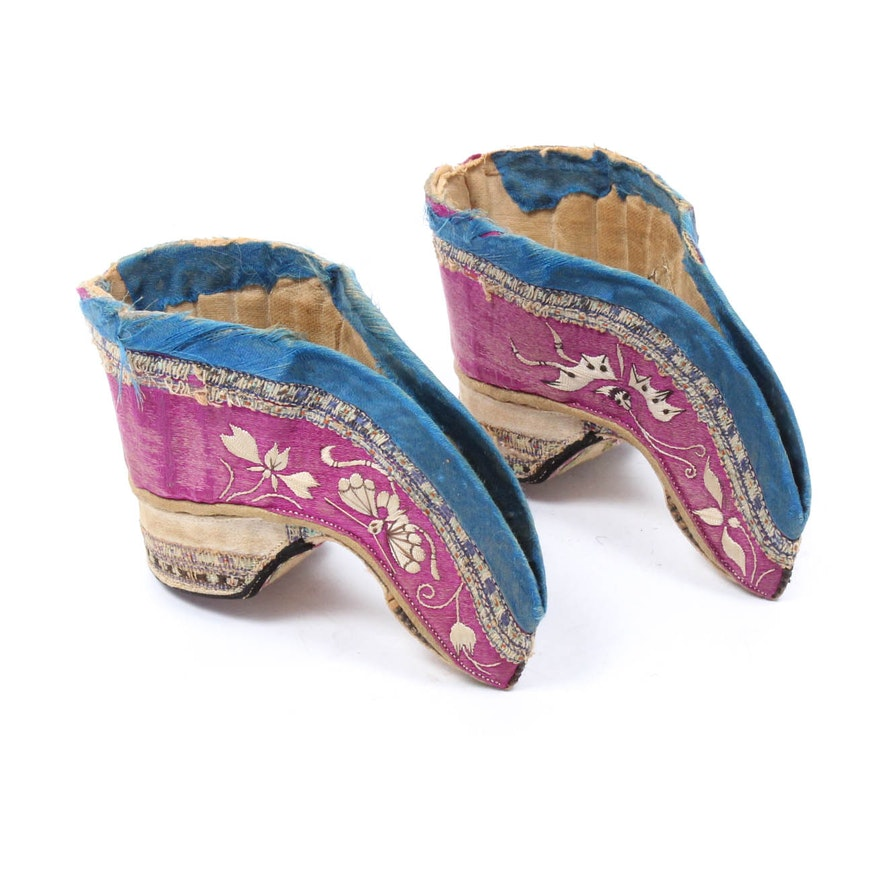 bc2857a4ee6bb Antique Chinese Silk Lotus Shoes | EBTH