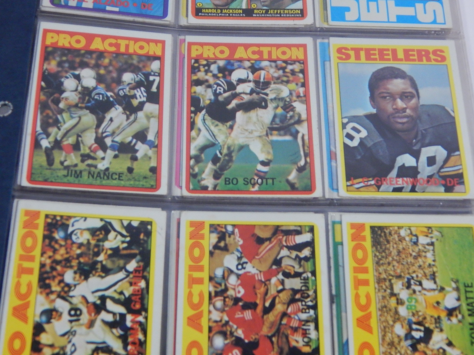 1972 Topps Football Card Collection in Binder - 45 Card Count