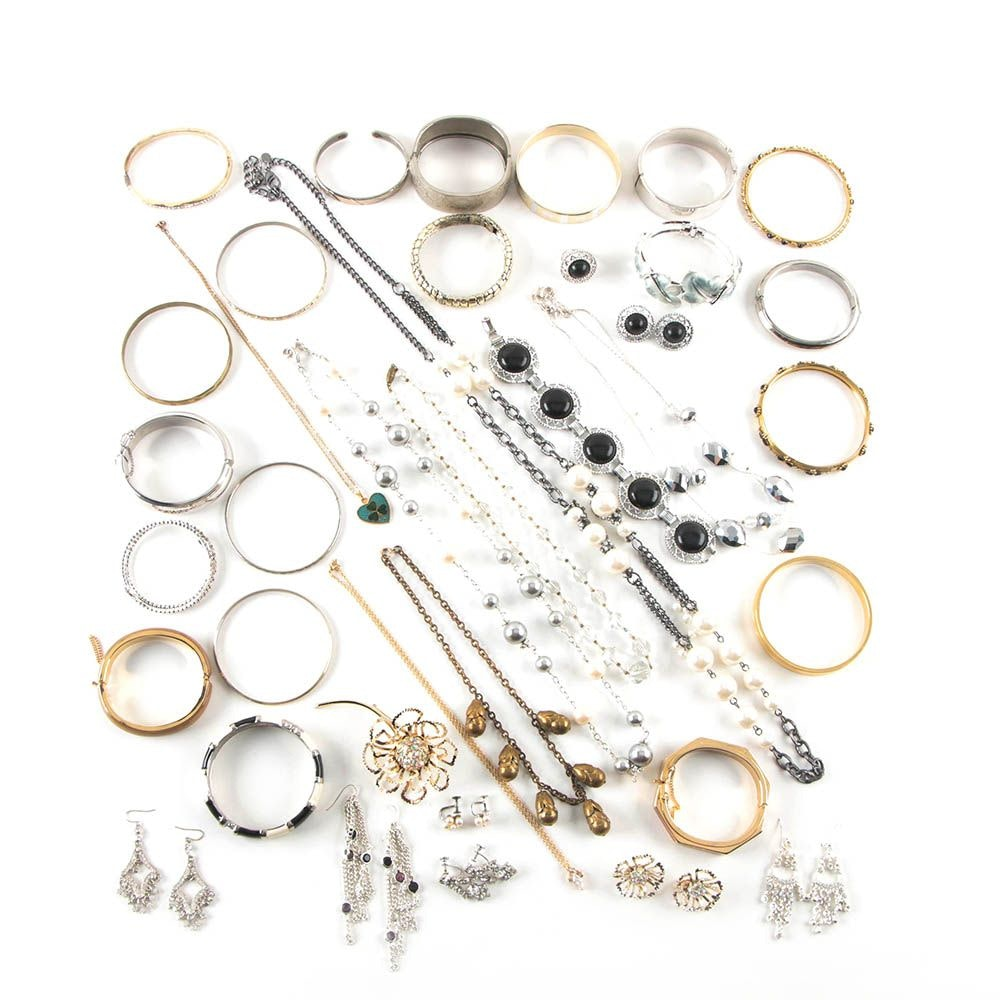 Assortment of Jewelry Including Glass and Imitation Pearl