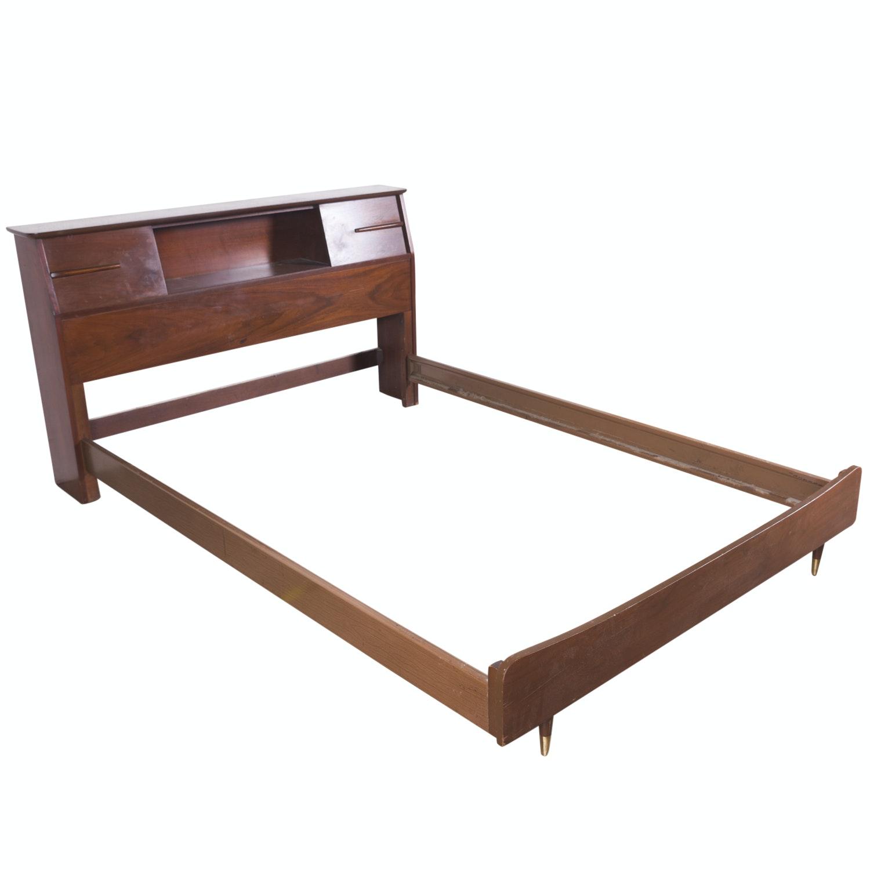 Vintage Mid Century Modern Full Size Walnut Bed Frame
