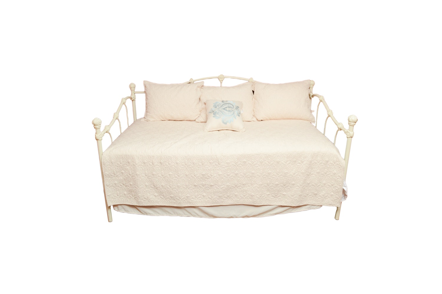 White Metal Twin Size Trundle Day Bed with Madison Park Bedding