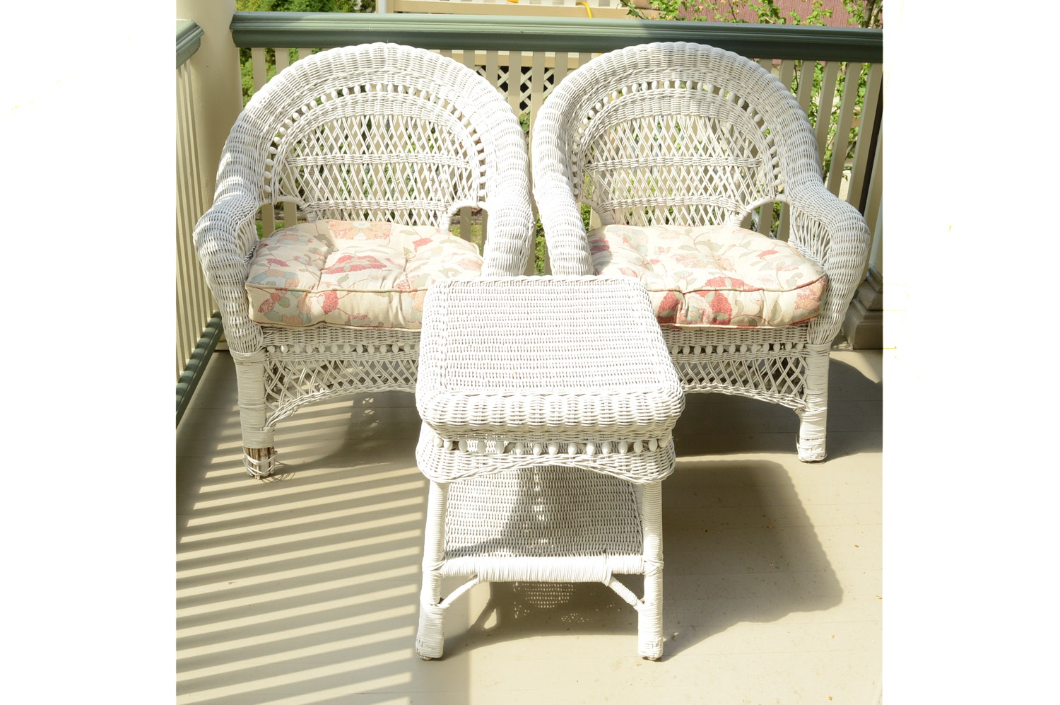 White Wicker Patio Armchairs with Side Table and Seat Cushions