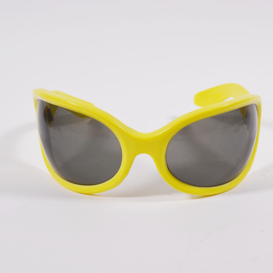 41ed325ee62 Vintage Italian Butter Yellow Sunglasses   EBTH