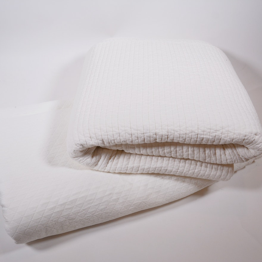 Sferra King White Bedspread and Coverlet