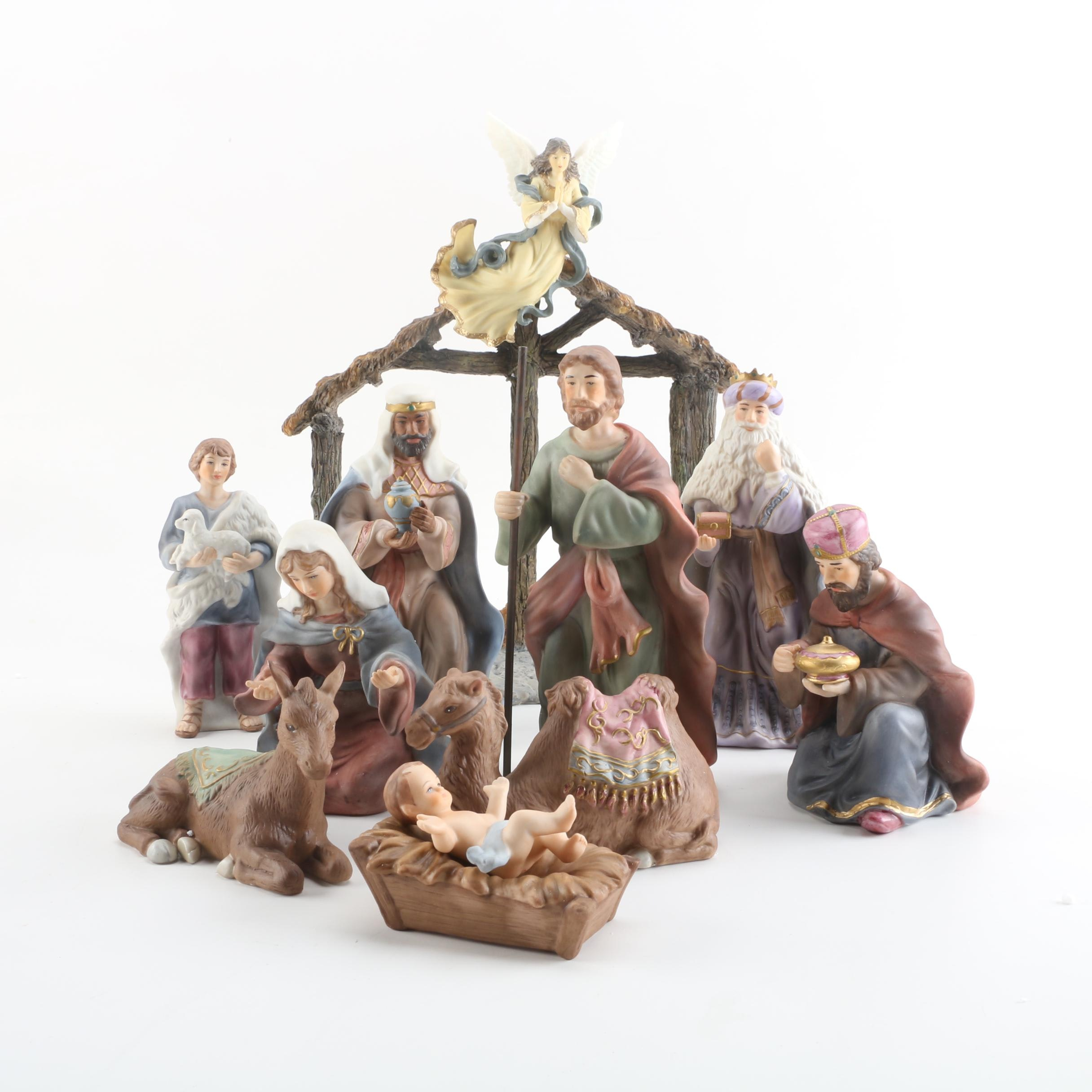 "2005 Royal Doulton Porcelain ""Classic Nativity"" Set"