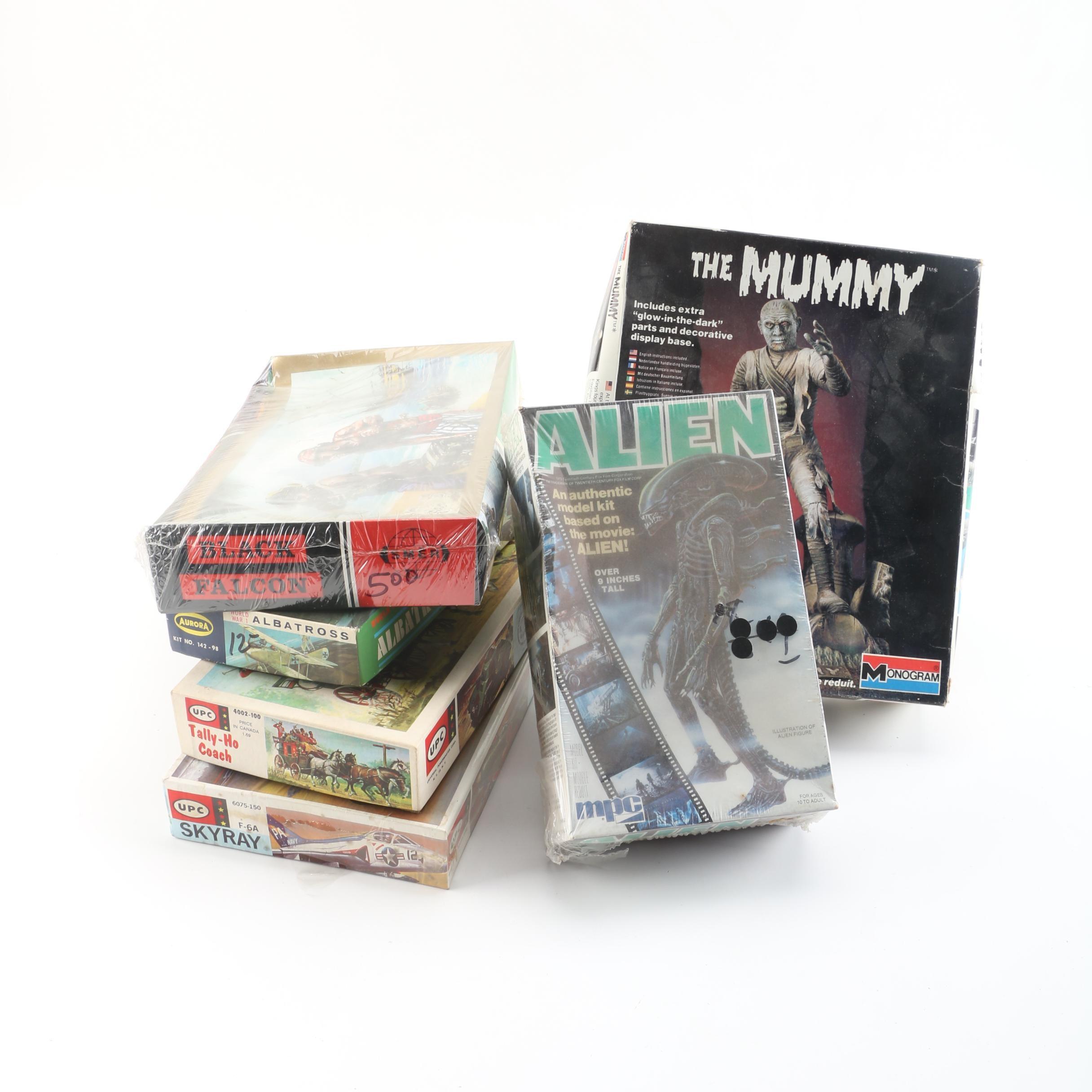 """Model Kit Assortment Including """"Alien"""""""