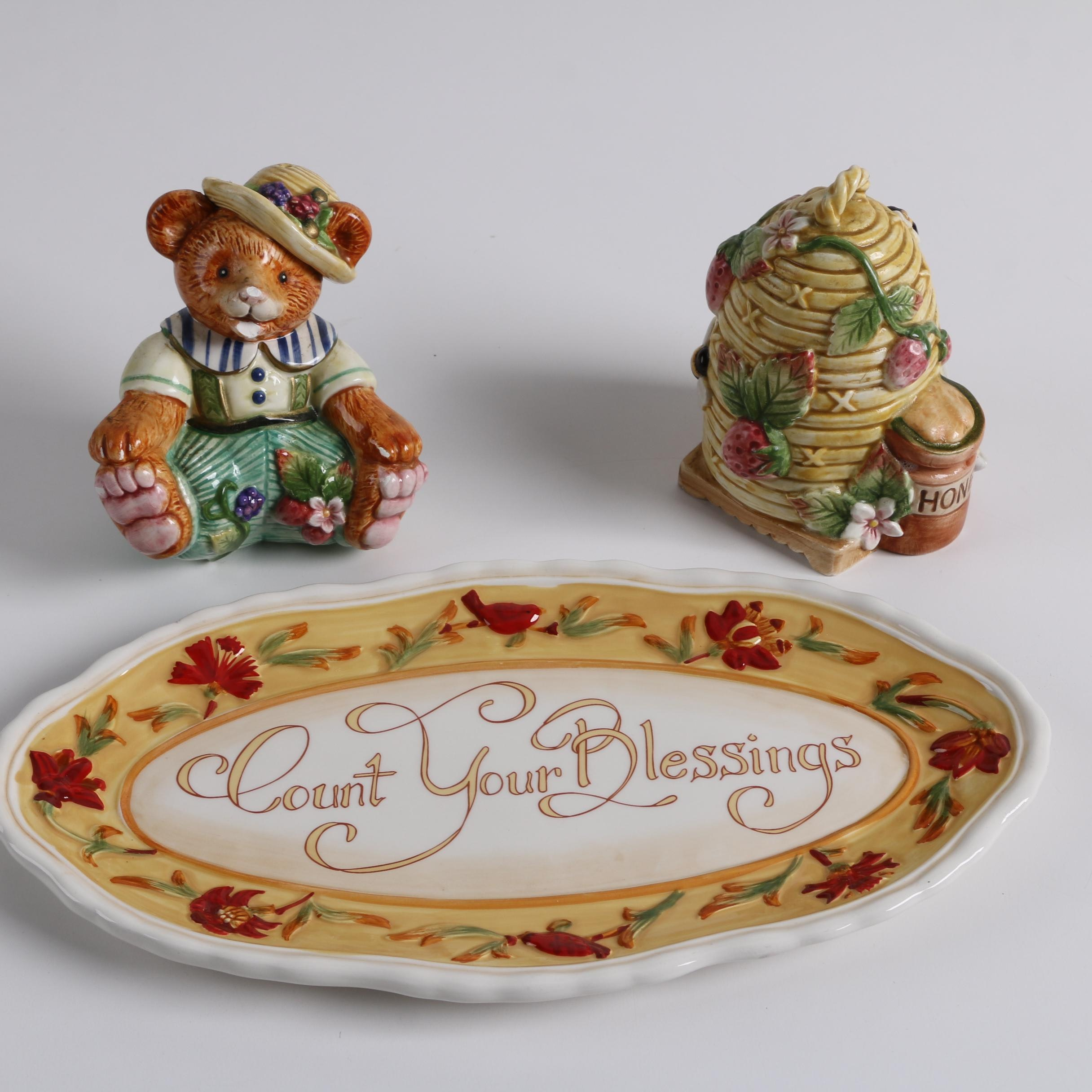 "Fitz & Floyd Classics ""Somerset"" Salt & Pepper Shakers and ""Bellacara"" Platter"