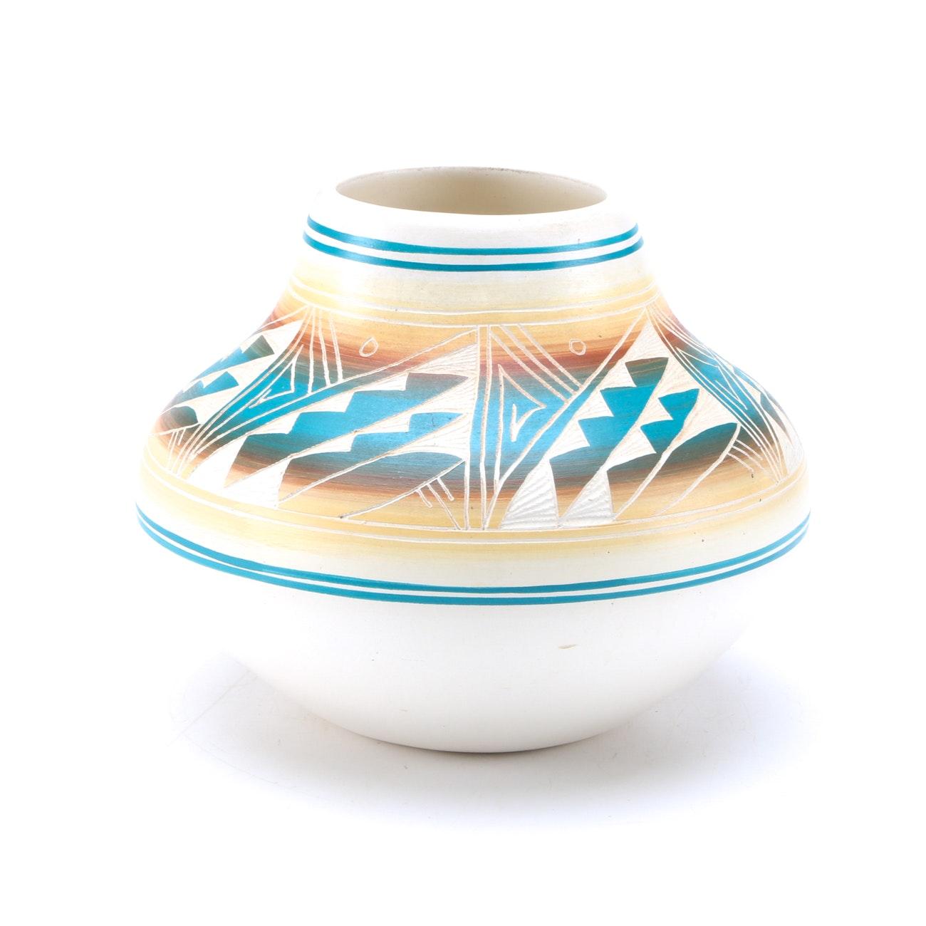 Contemporary Navajo Yazzie Vase (Attributed)