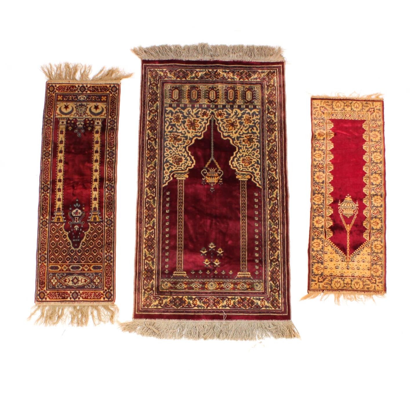 Vintage Machine Woven Plush Prayer Rugs