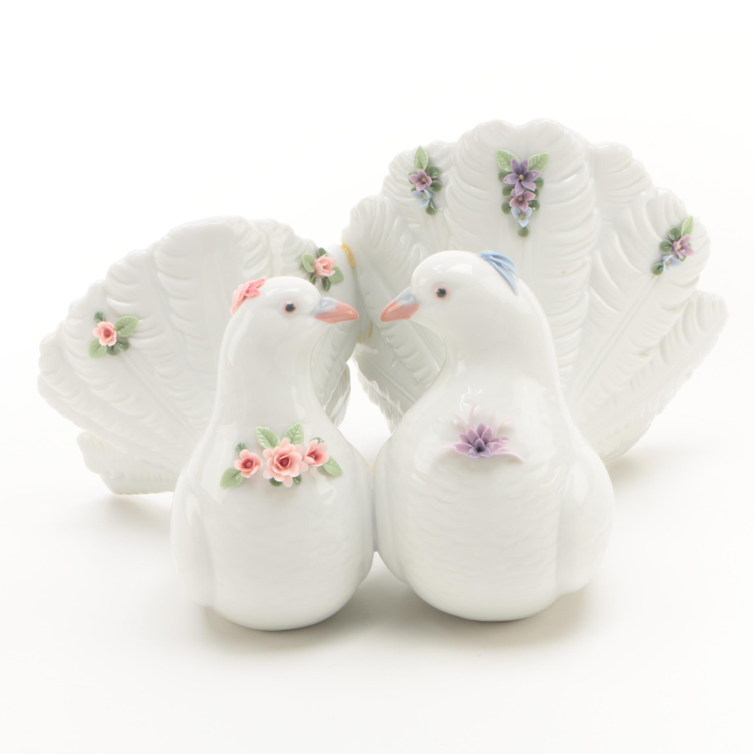 "Lladró ""Couple of Doves with Flowers"" Porcelain Figurine"