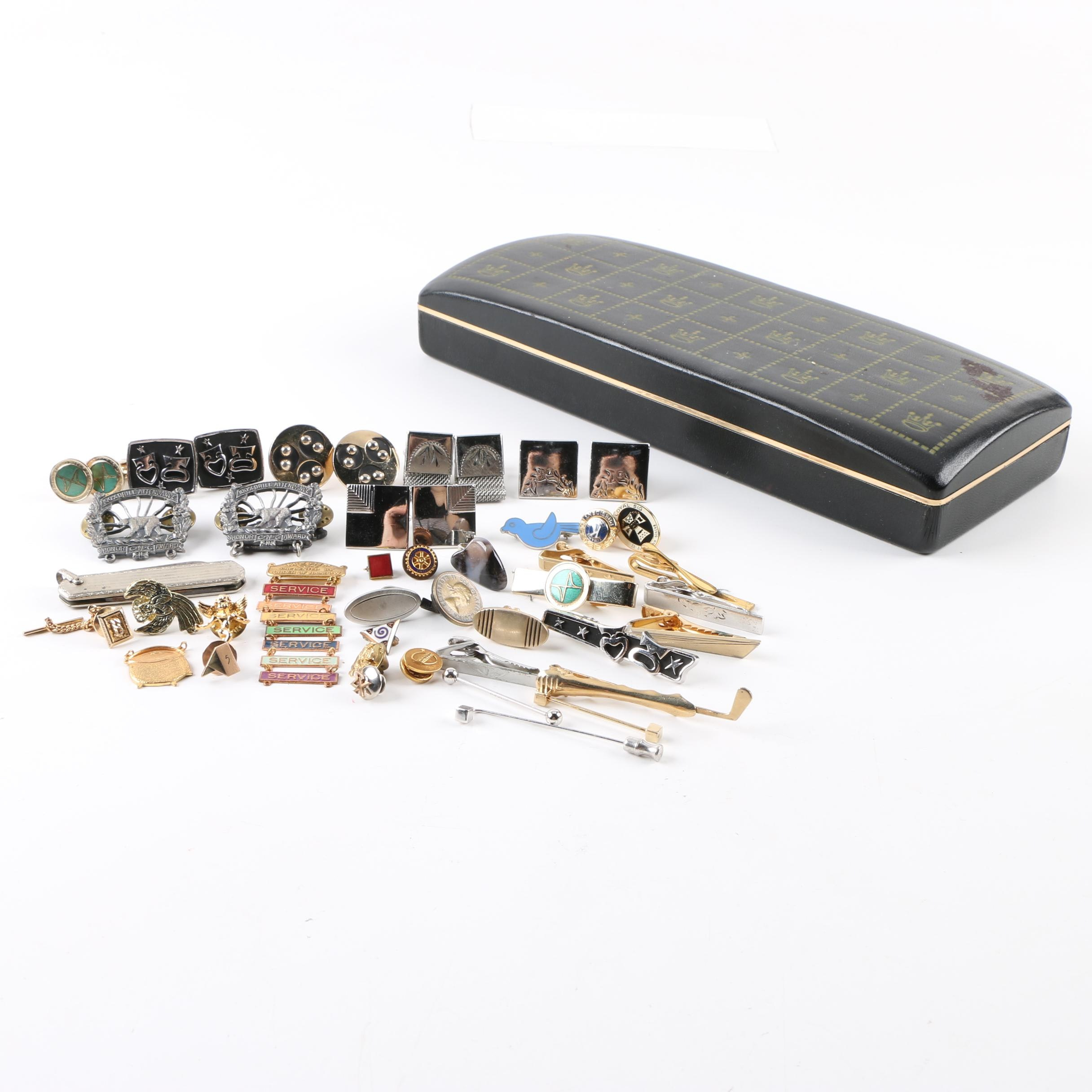 Assortment of Men's Jewelry Accessories with Agate and Enamel in Case