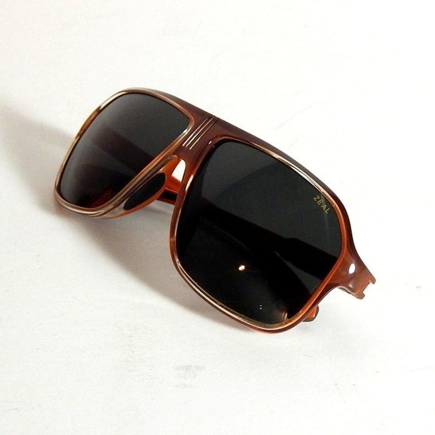 """Zeal """"Sawyer"""" Retro Style Polarized Sunglasses"""