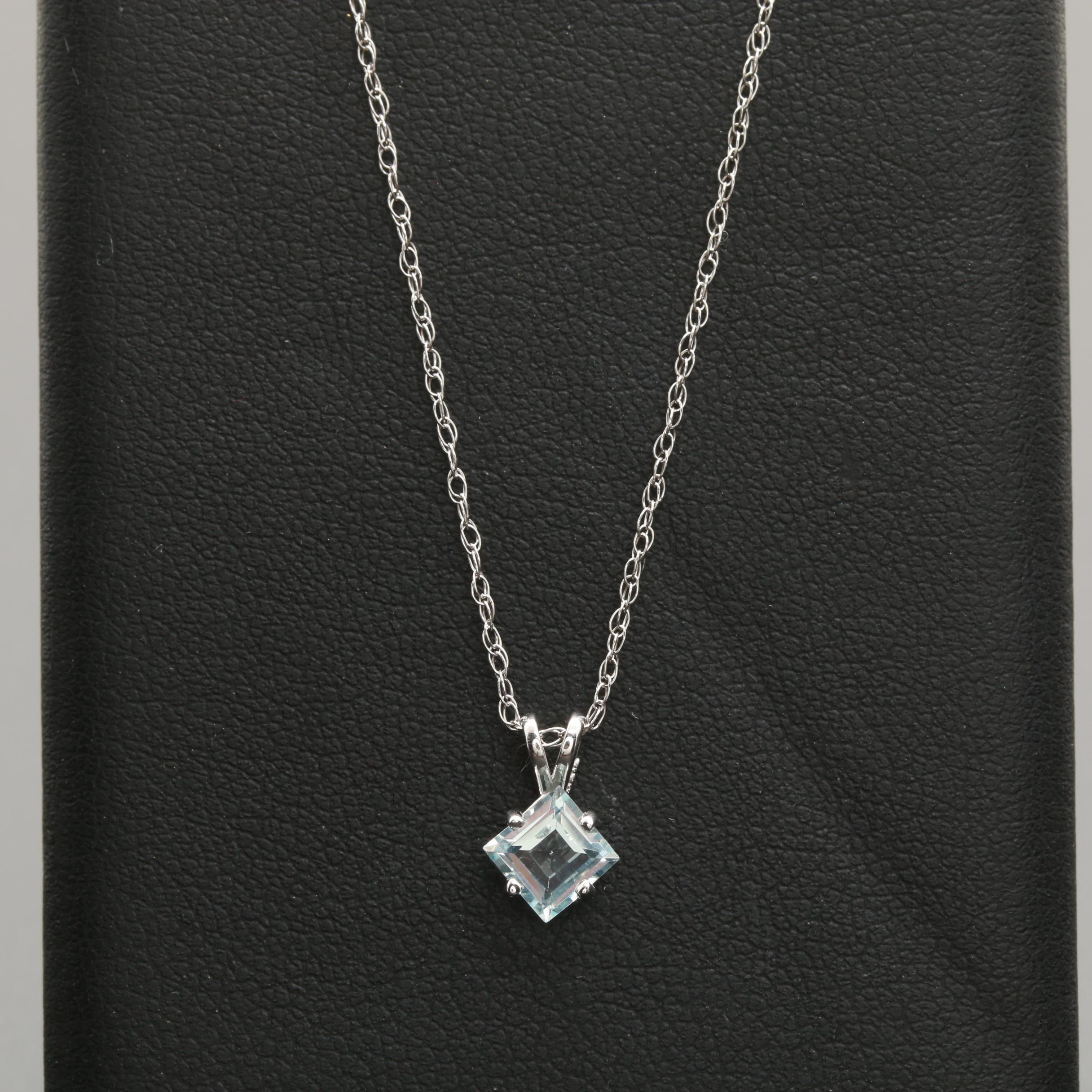 14K White Gold Aquamarine Pendant Necklace