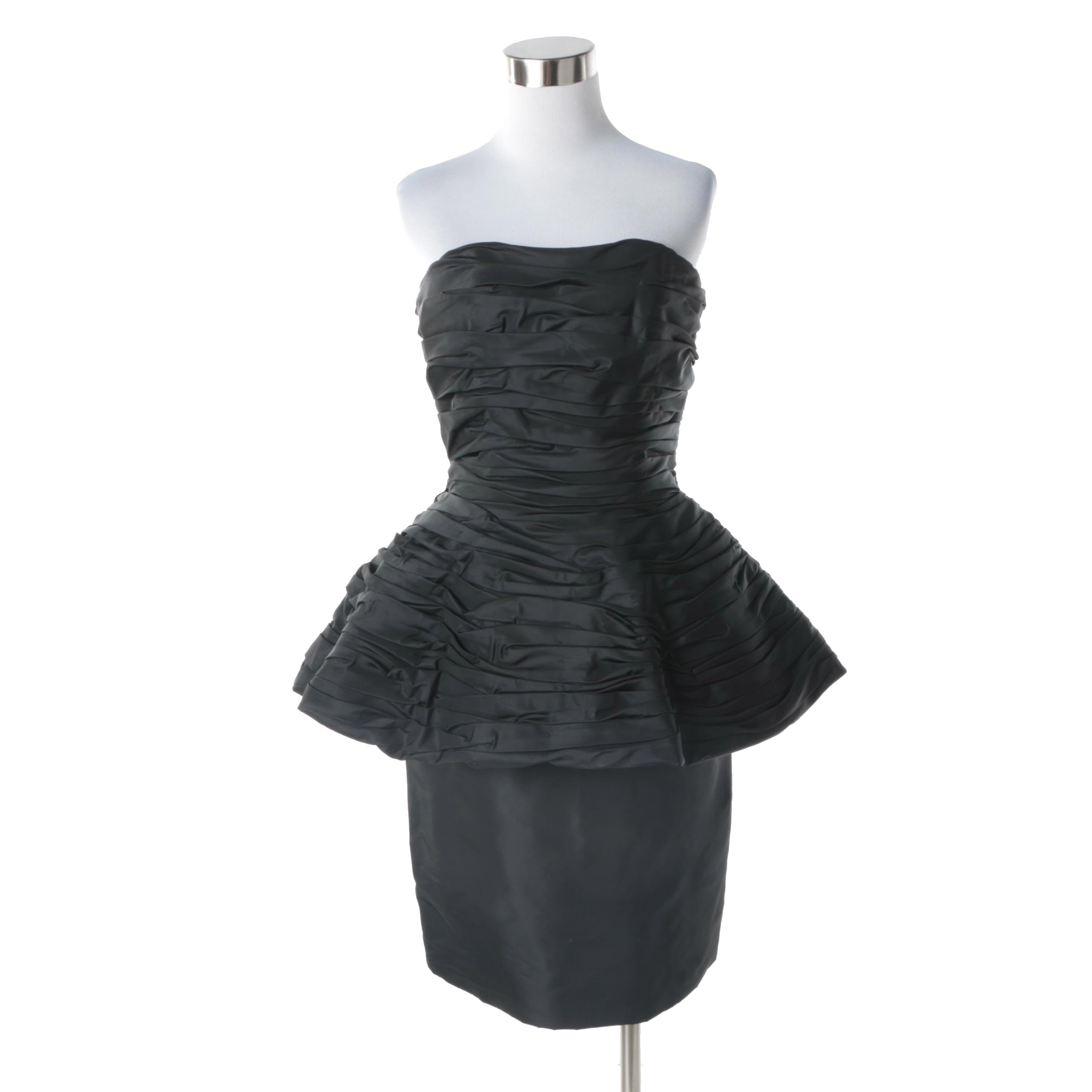 1980s Vintage Victor Costa Black Strapless Cocktail Dress