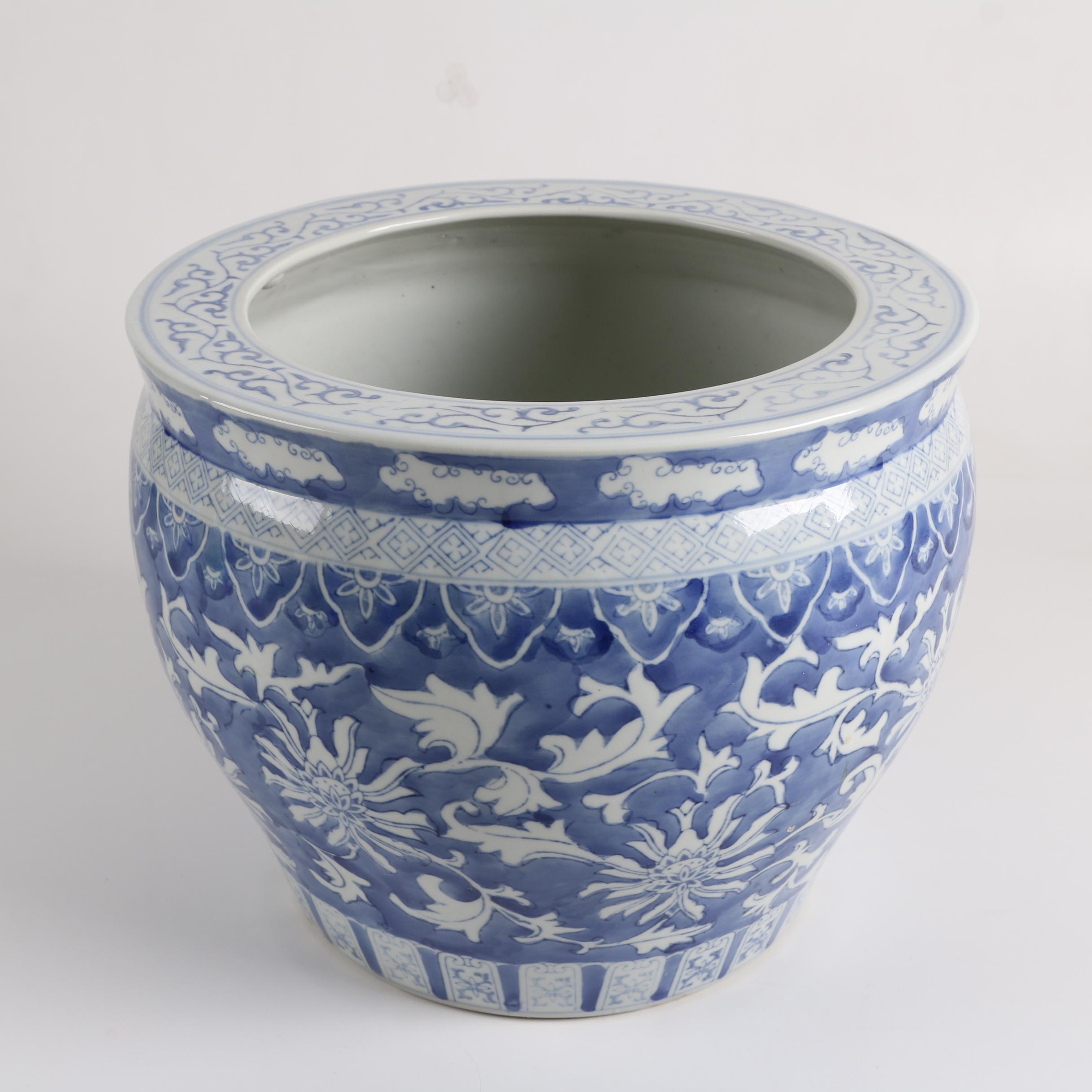 Blue and White Chinoiserie Porcelain Jardinière
