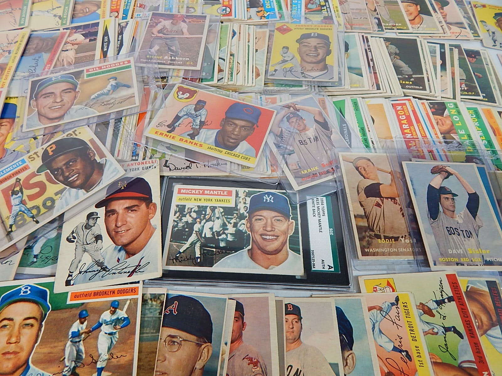 Large Topps Baseball Card Collection from 1953 to 1960 with Mantle, Banks