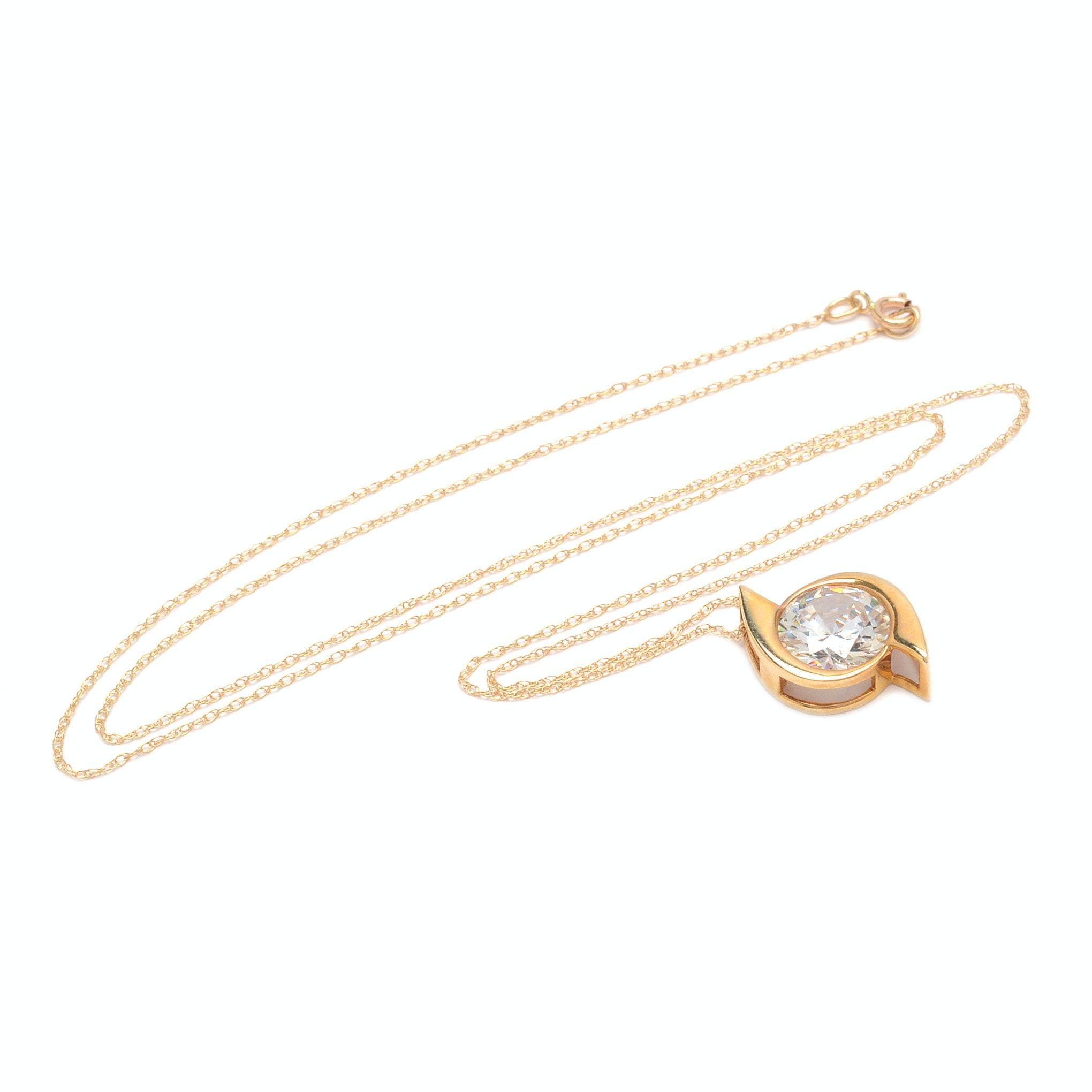 14K Yellow Gold Cubic Zirconia Pendant Necklace