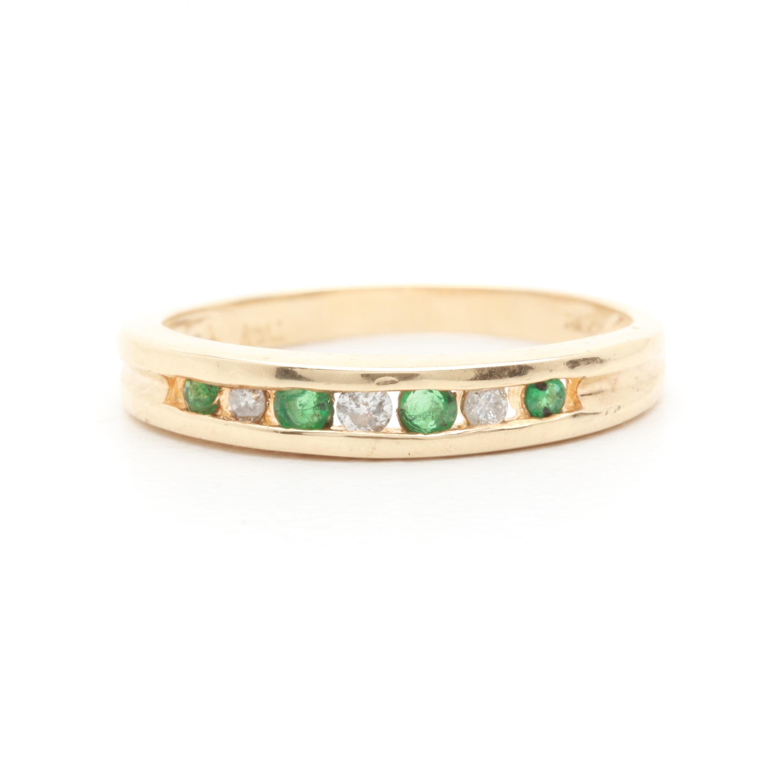 10K Yellow Gold Diamond and Emerald Ring