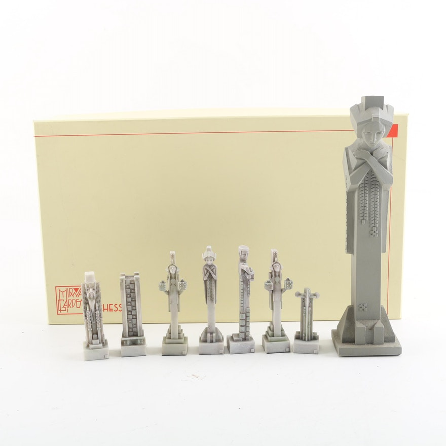 Frank Lloyd Wright Midway Gardens Chess Set With Figurine