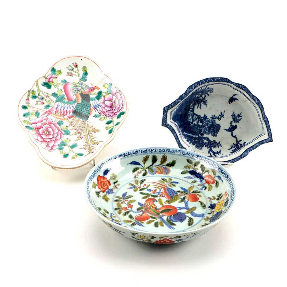 Chinese Republic Period Hand-Painted Decorative Ceramic Dishes