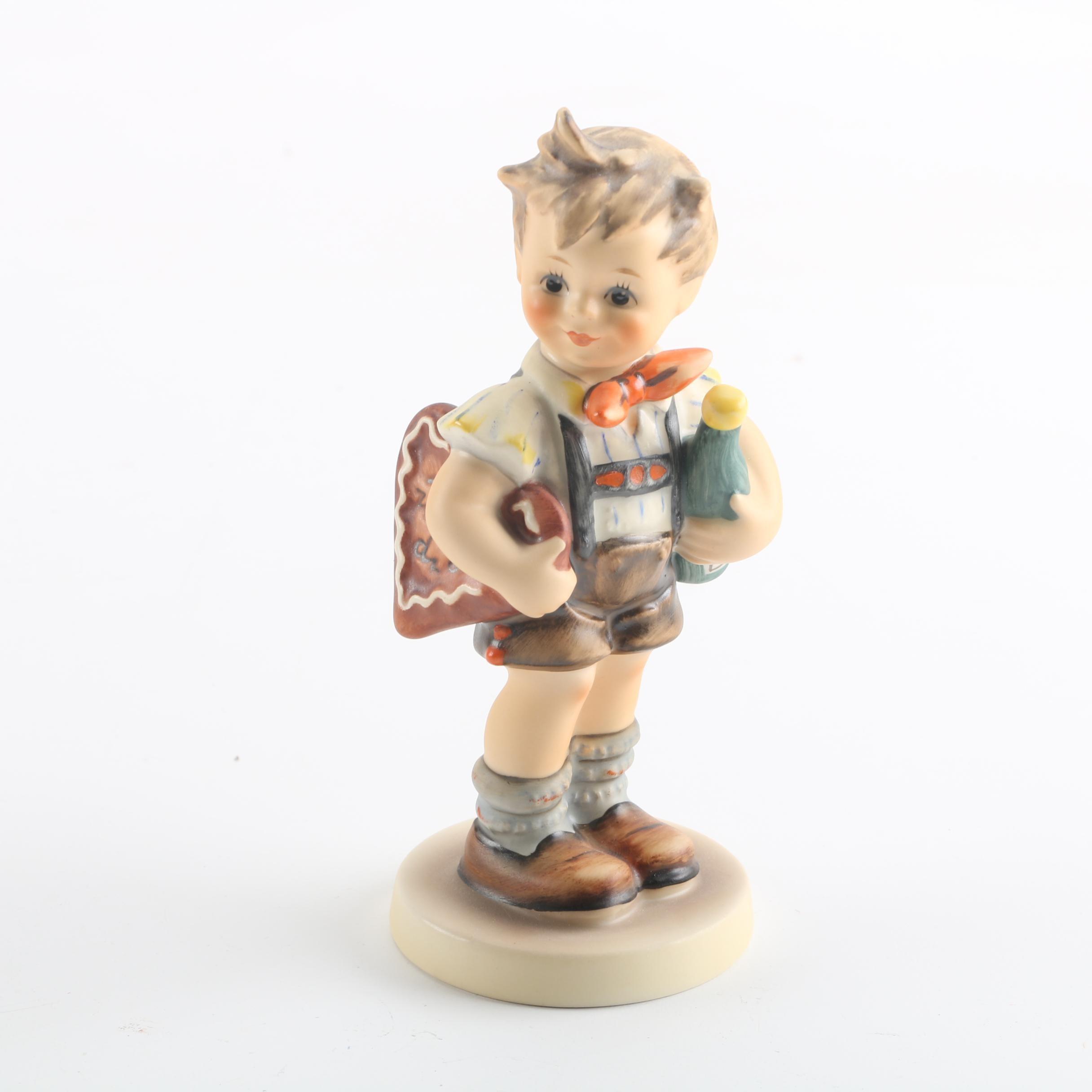 "1979 Goebel Collector's Club Hummel ""Valentine Joy"" Figurine"