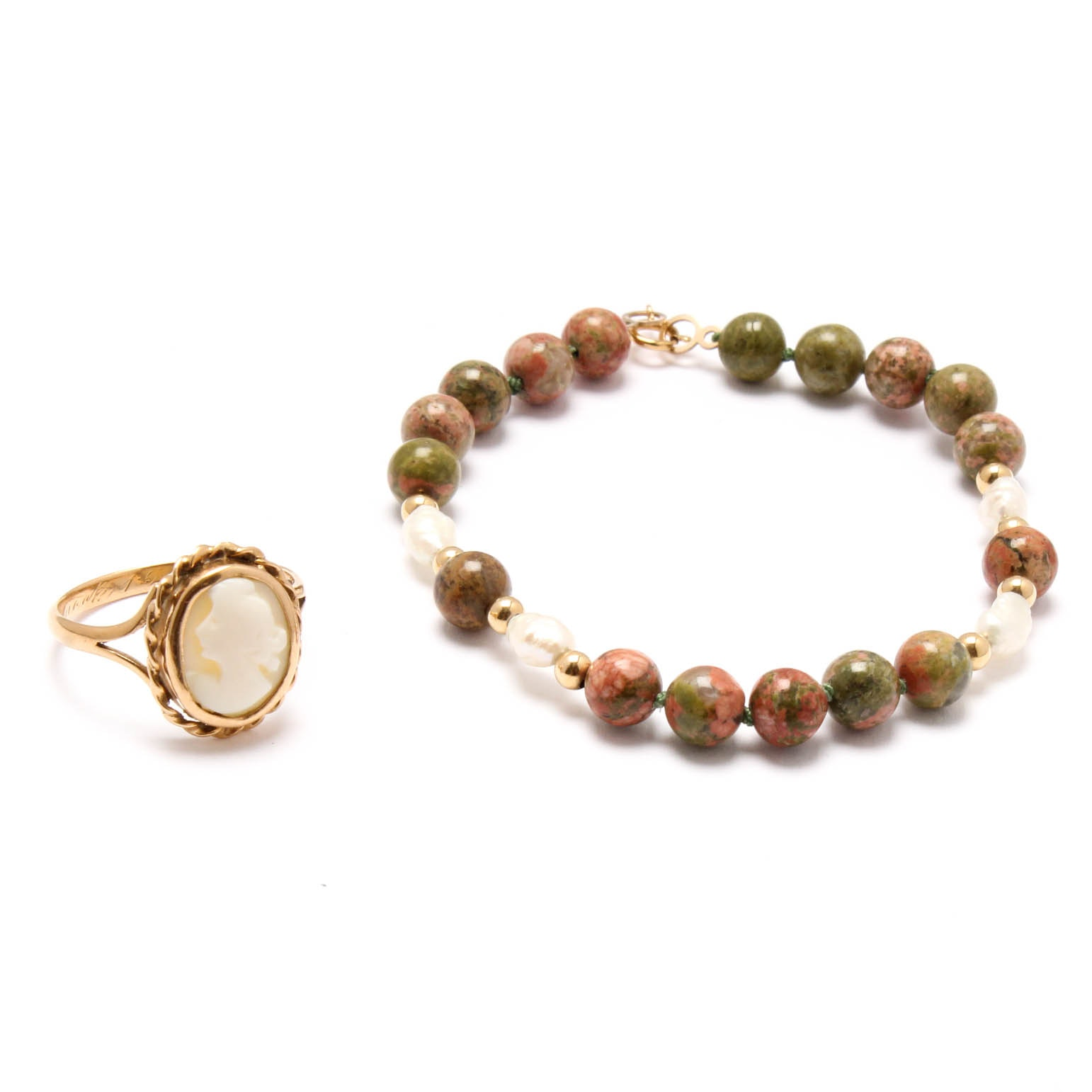 18K Yellow Gold Ring and 14K Yellow Gold Agate and Cultured Pearl Bracelet