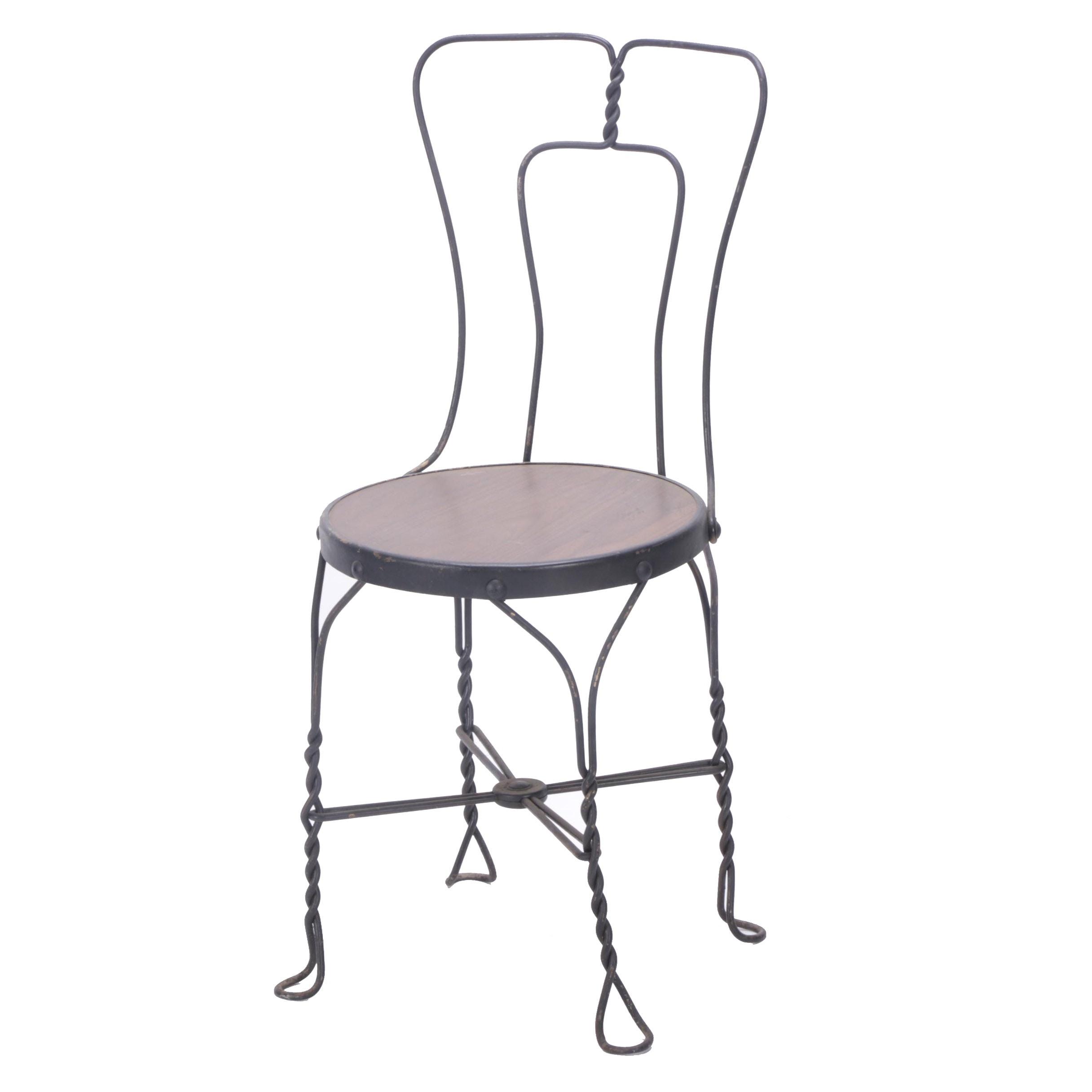 Wooden Seat Black Metal Bistro Chair