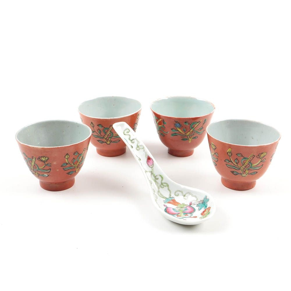 Four Chinese Qing Dynasty Porcelain Tea Cups and Spoon