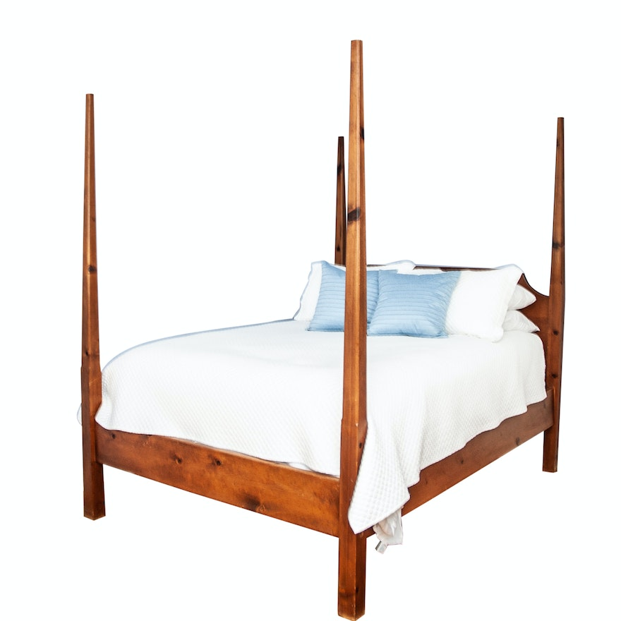 Pine Queen Size Four Poster Bed Frame : EBTH
