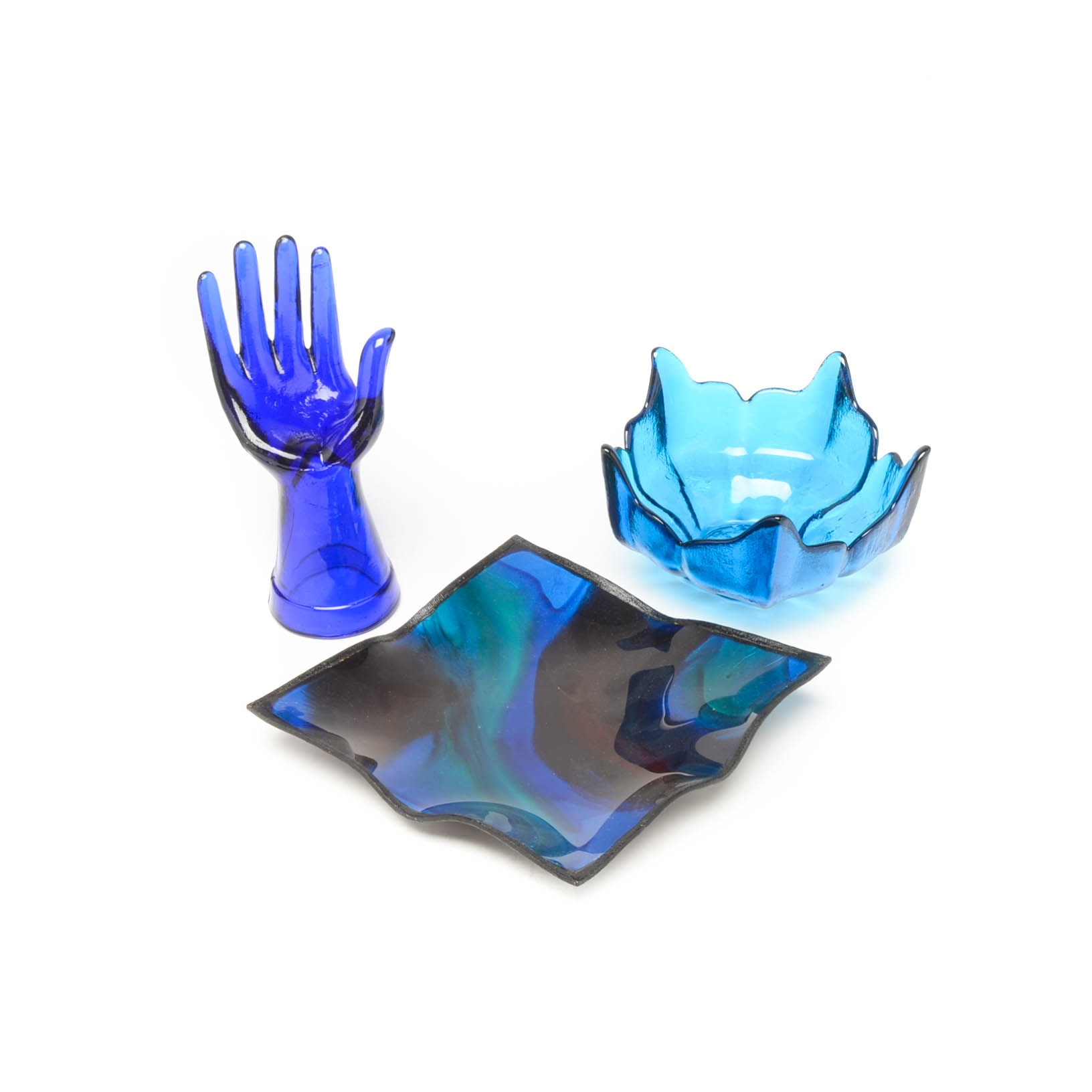Tejas Deco Art Glass Tray with a Cobalt Blue Bowl and Hand