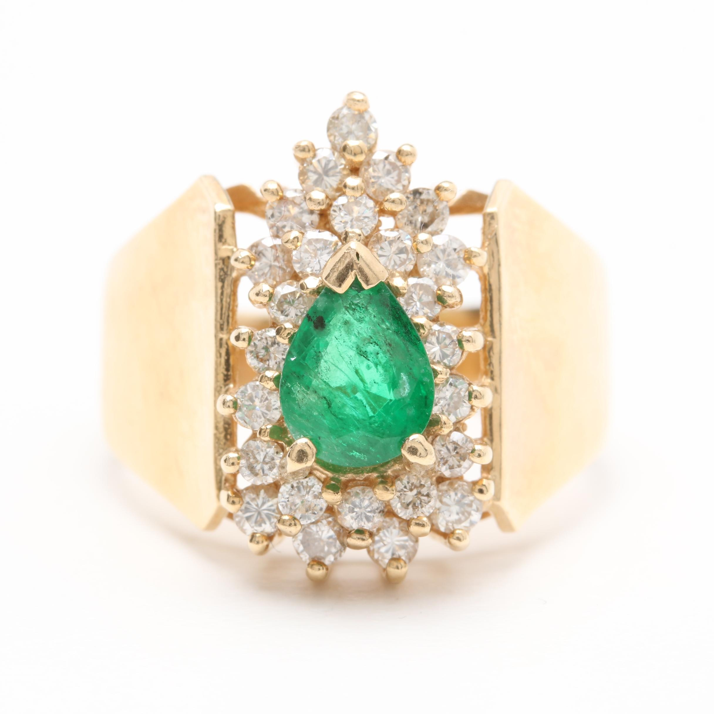 Effy 14K Yellow Gold 0.95 CT Emerald and Diamond Ring