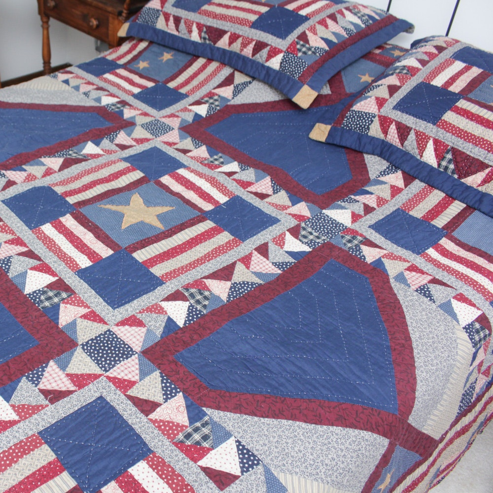 Patriotic-Themed Quilt and Shams